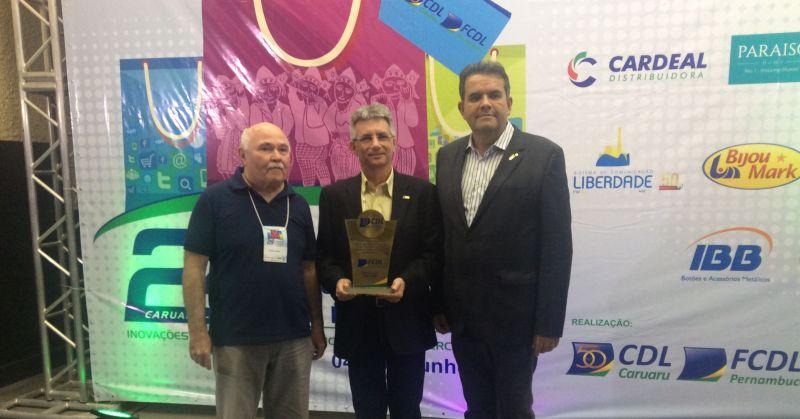 CDL Caruaru recebe Jubileu de Ouro durante Convenção